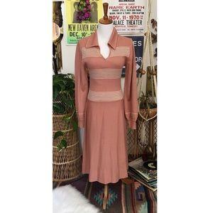 Dresses & Skirts - Vintage 60's dusty pink ribbed knit dress
